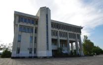 Здание библиотечного корпуса СевГУ (Студгородок)